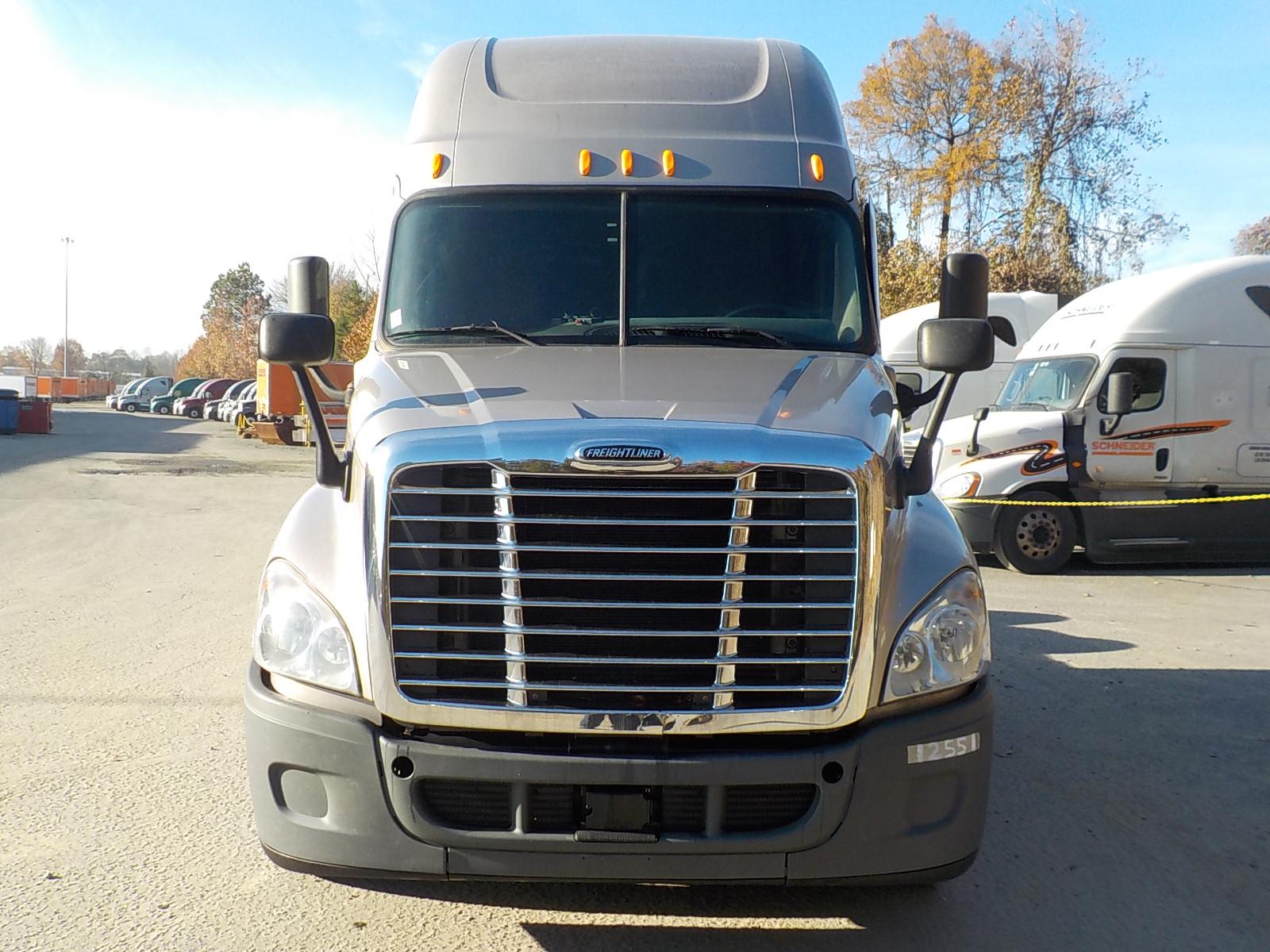 2014 Freightliner Cascadia for sale-59087817