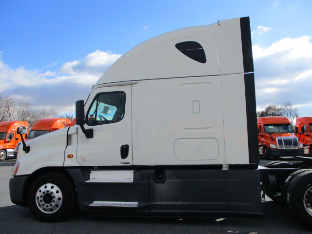2015 Freightliner Cascadia for sale-59197208