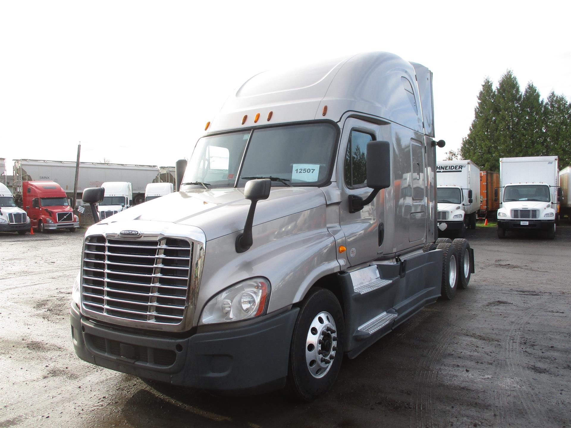 USED 2014 FREIGHTLINER CASCADIA DAYCAB TRUCK #84068