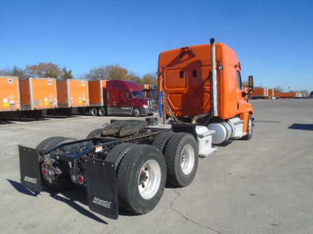 2013 Freightliner Cascadia for sale-59087782
