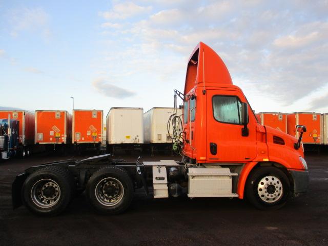 2012 Freightliner Cascadia for sale-59087811