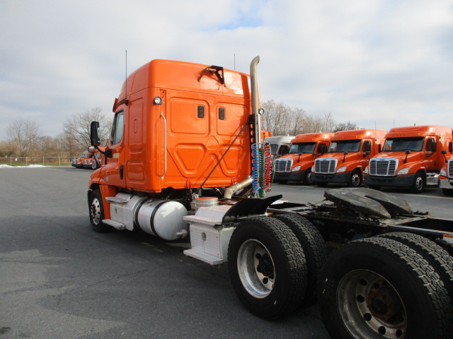 2013 Freightliner Cascadia for sale-59170281