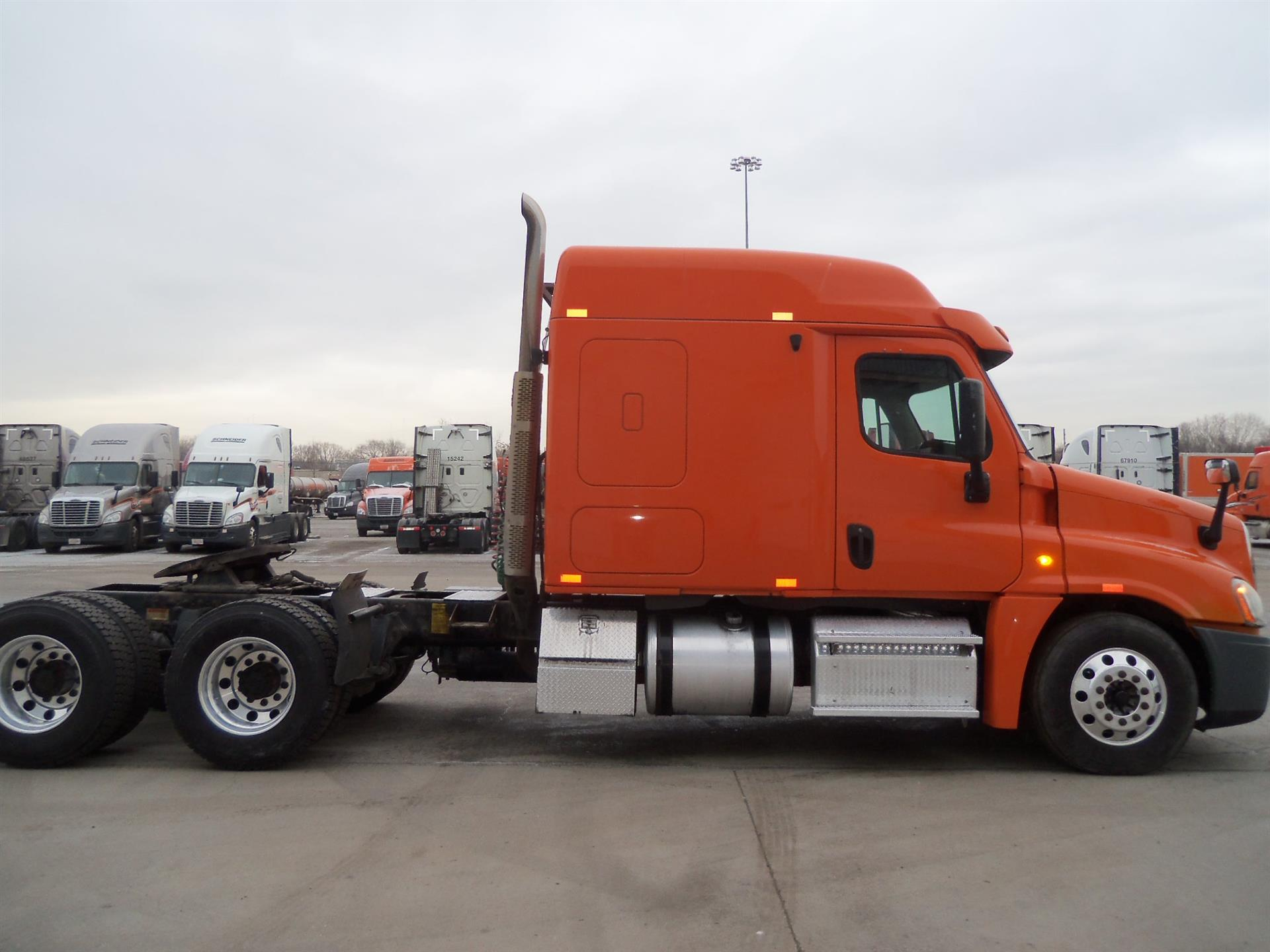 2013 Freightliner Cascadia for sale-59109081