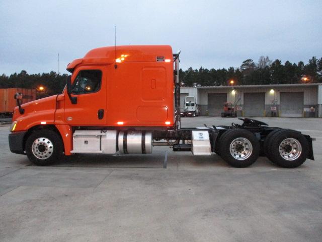 2013 Freightliner Cascadia for sale-59109080