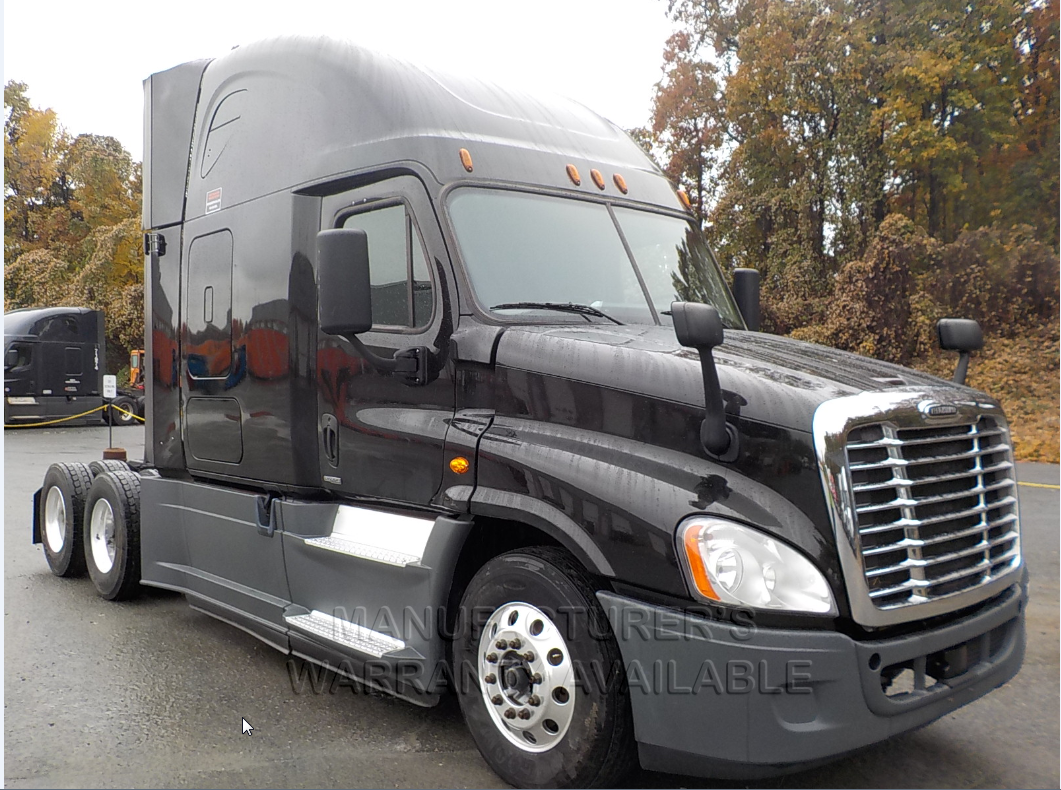 USED 2016 FREIGHTLINER CASCADIA SLEEPER TRUCK #136196