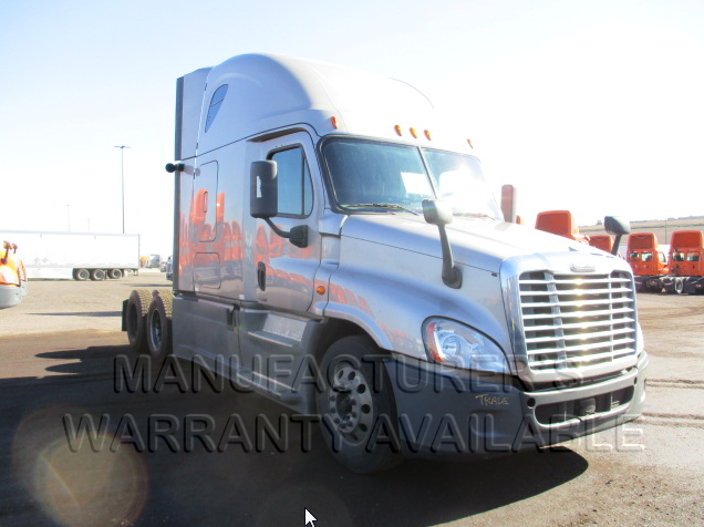 USED 2014 FREIGHTLINER CASCADIA SLEEPER TRUCK #136975