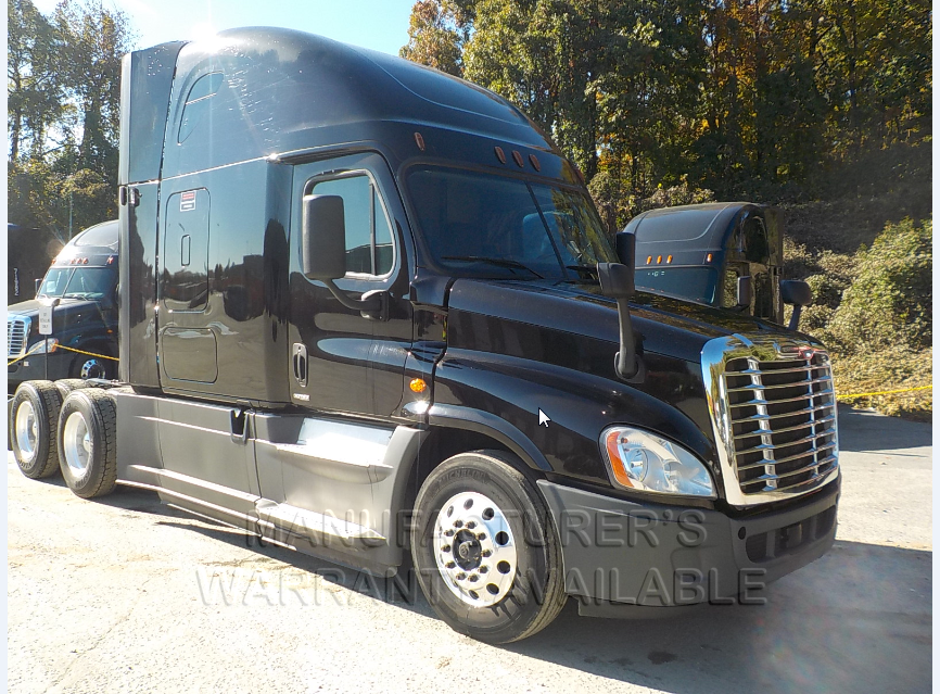 USED 2016 FREIGHTLINER CASCADIA SLEEPER TRUCK #136932