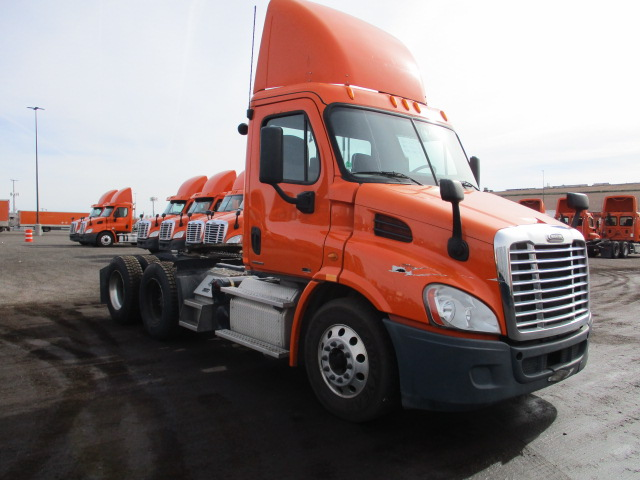 USED 2012 FREIGHTLINER CASCADIA DAYCAB TRUCK #138531