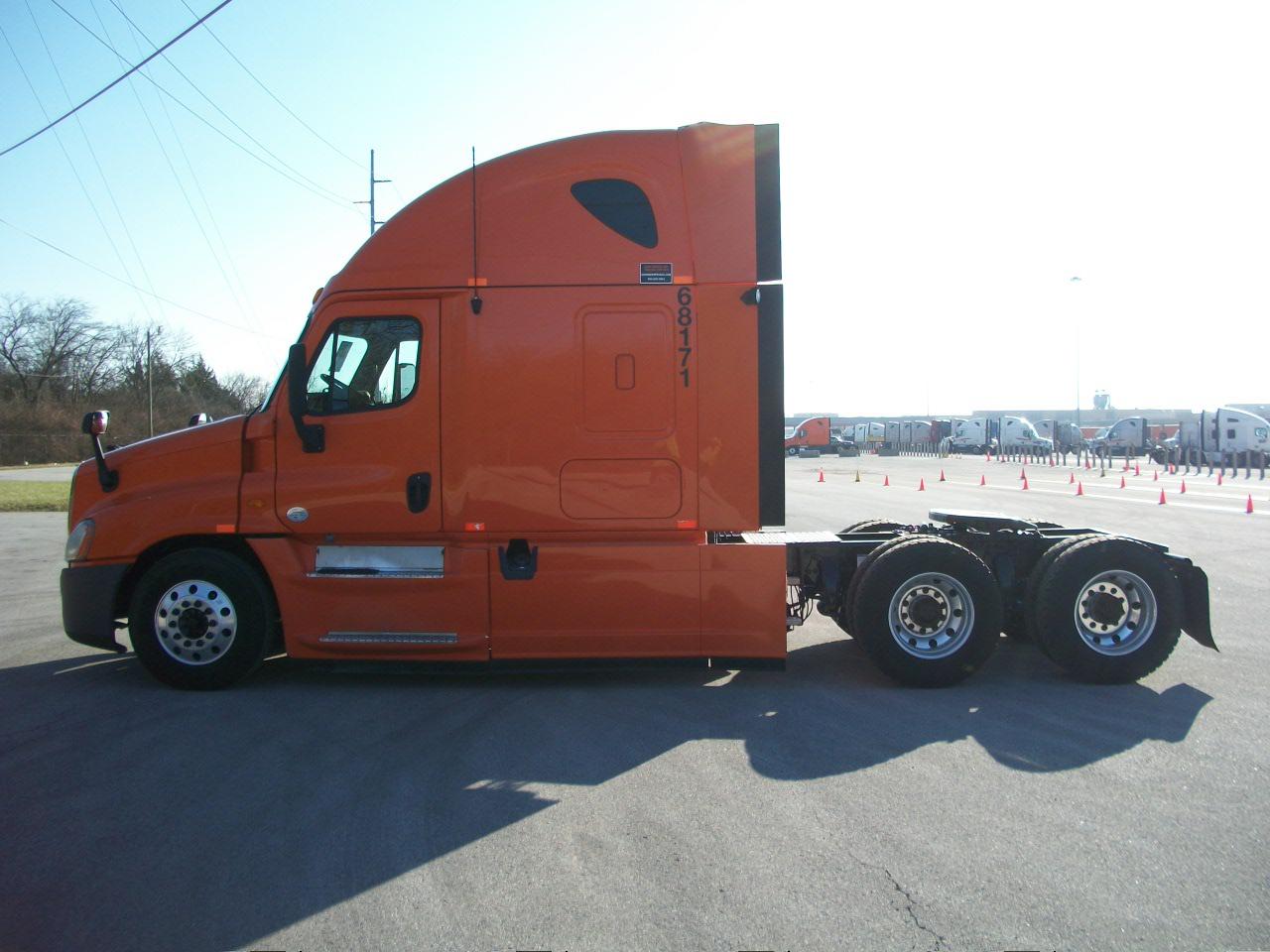 2013 Freightliner Cascadia for sale-59109173