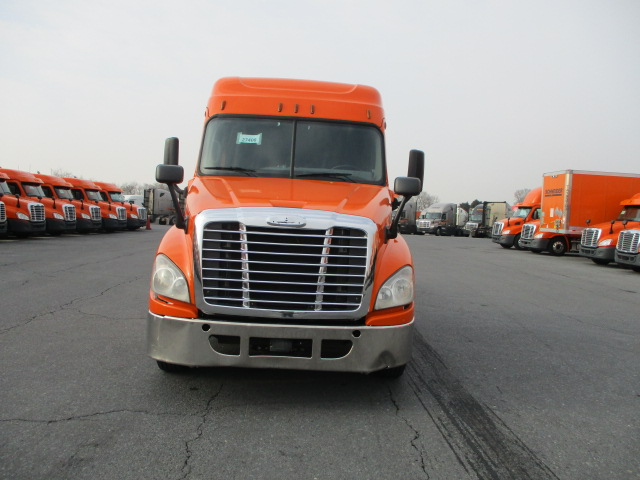 2014 Freightliner Cascadia for sale-59110981
