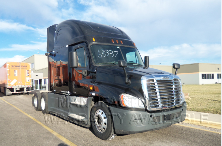 USED 2014 FREIGHTLINER CASCADIA SLEEPER TRUCK #138543