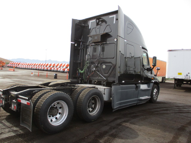 2014 Freightliner Cascadia for sale-59109171