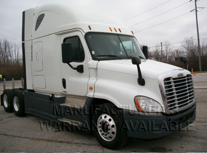 USED 2015 FREIGHTLINER CASCADIA SLEEPER TRUCK #138527