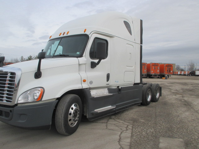 2015 Freightliner Cascadia for sale-59283372