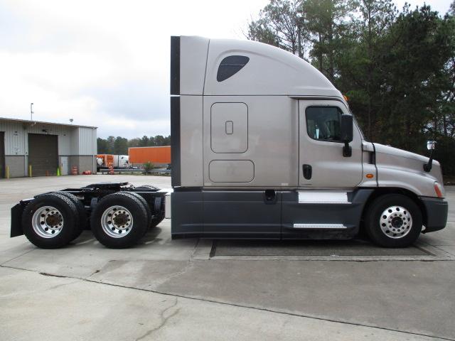 2015 Freightliner Cascadia for sale-59220304