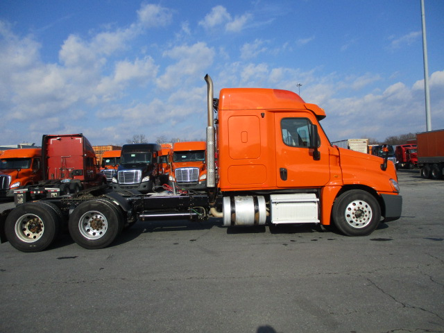 2013 Freightliner Cascadia for sale-59110973