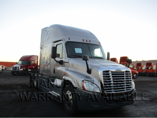 USED 2016 FREIGHTLINER CASCADIA SLEEPER TRUCK #138535