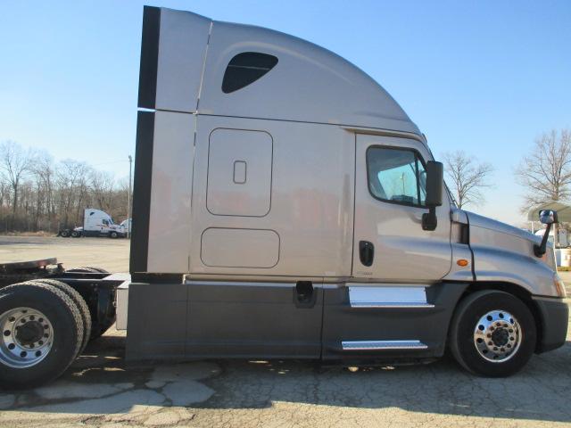 2015 Freightliner Cascadia for sale-59274578
