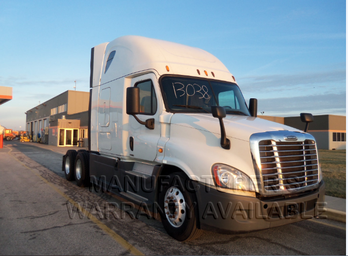 USED 2015 FREIGHTLINER CASCADIA SLEEPER TRUCK #138599