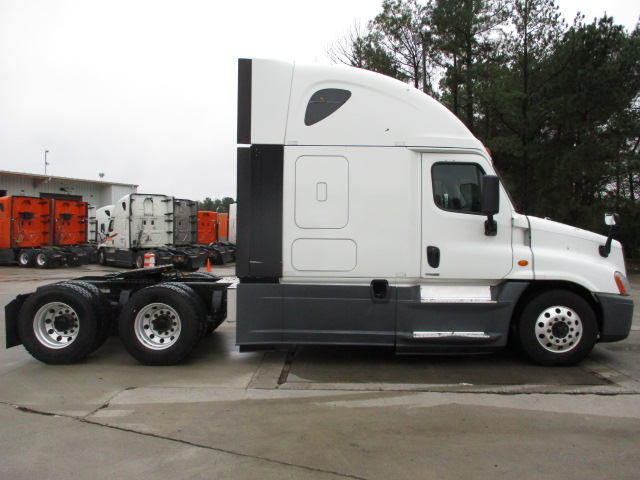 2015 Freightliner Cascadia for sale-59109217