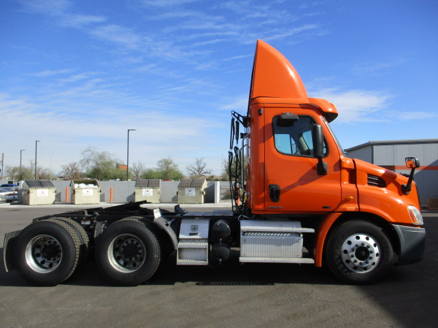 2012 Freightliner Cascadia for sale-59111034