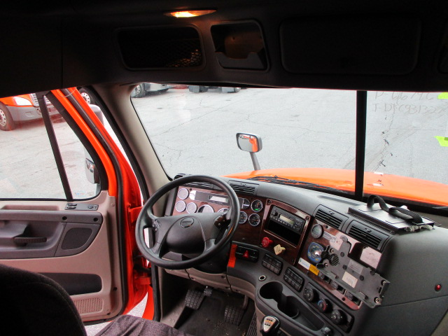 2013 Freightliner Cascadia for sale-59110850
