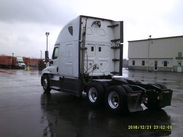 2014 Freightliner Cascadia for sale-59110853