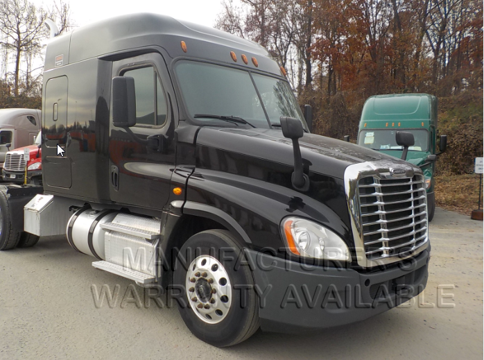 USED 2016 FREIGHTLINER CASCADIA SLEEPER TRUCK #139006