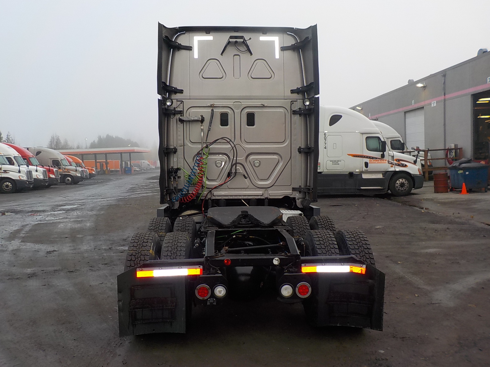 2015 Freightliner Cascadia for sale-59111030