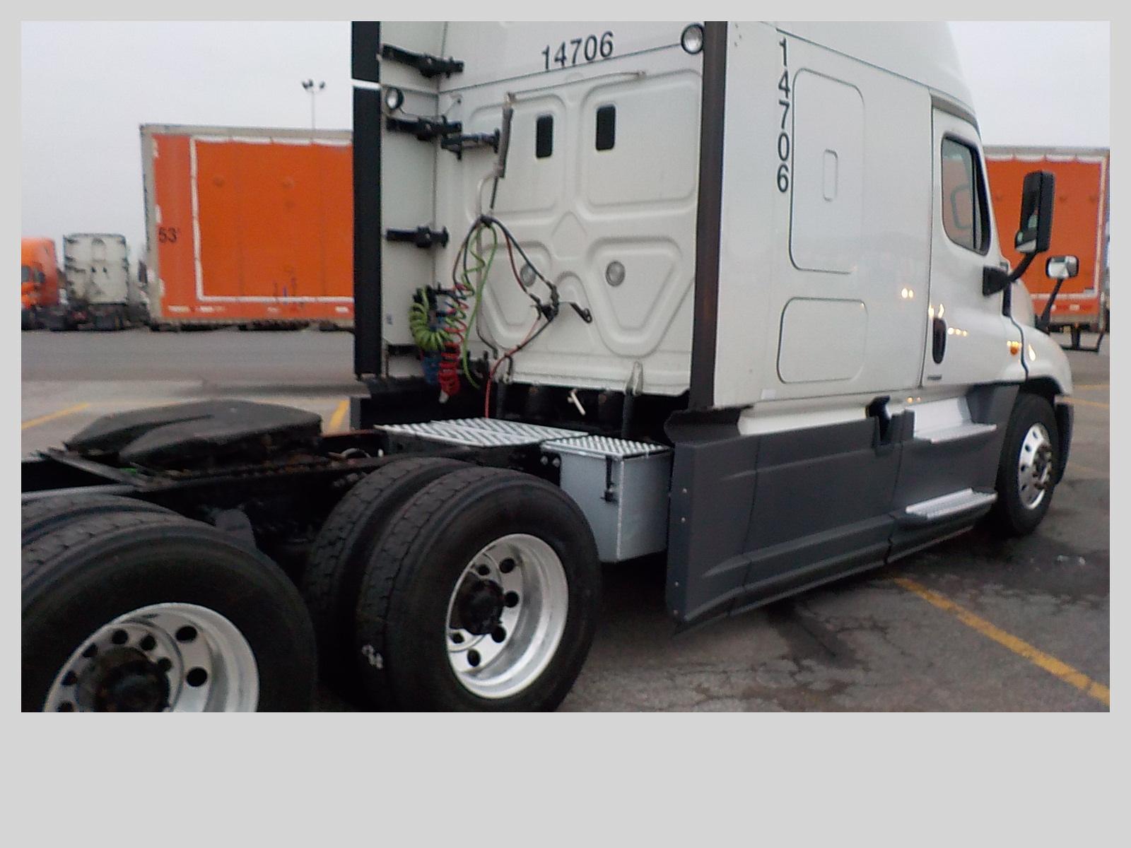 2015 Freightliner Cascadia for sale-59233681