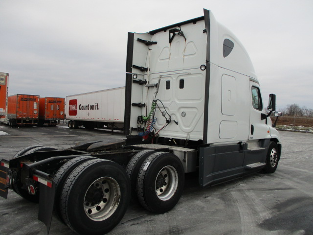 2015 Freightliner Cascadia for sale-59197320