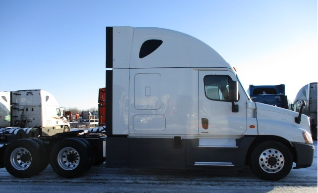 2015 Freightliner Cascadia for sale-59274618