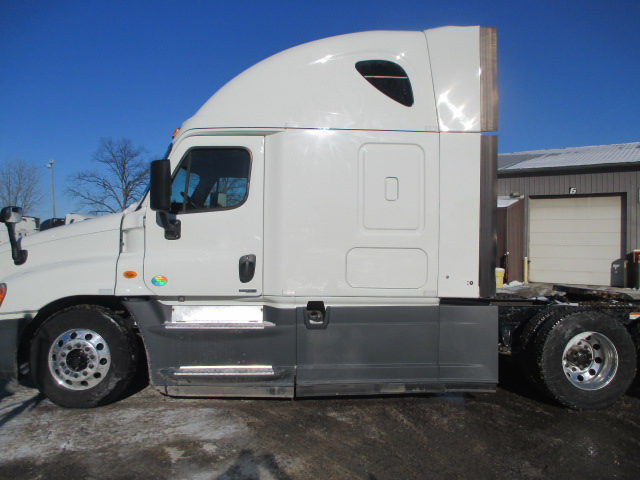 2015 Freightliner Cascadia for sale-59197915