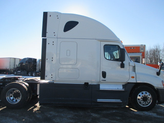 2015 Freightliner Cascadia for sale-59169767