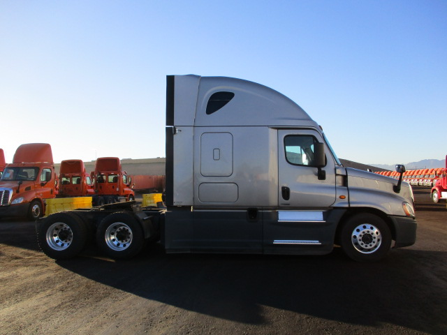 2016 Freightliner Cascadia for sale-59169781