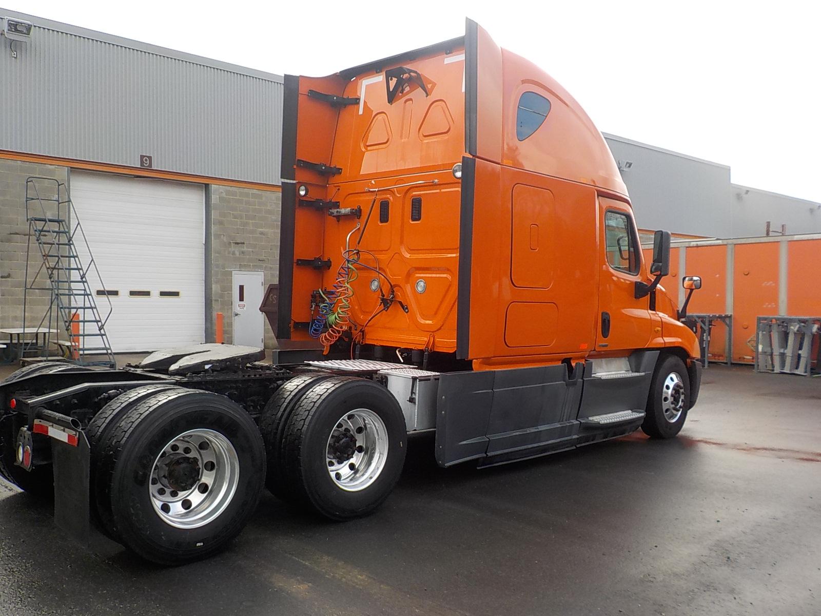 2014 Freightliner Cascadia for sale-59233702