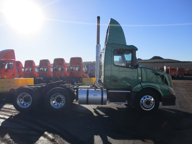 2010 Volvo VNL Day Cab for sale-59197362