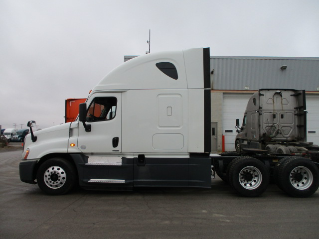2015 Freightliner Cascadia for sale-59197375