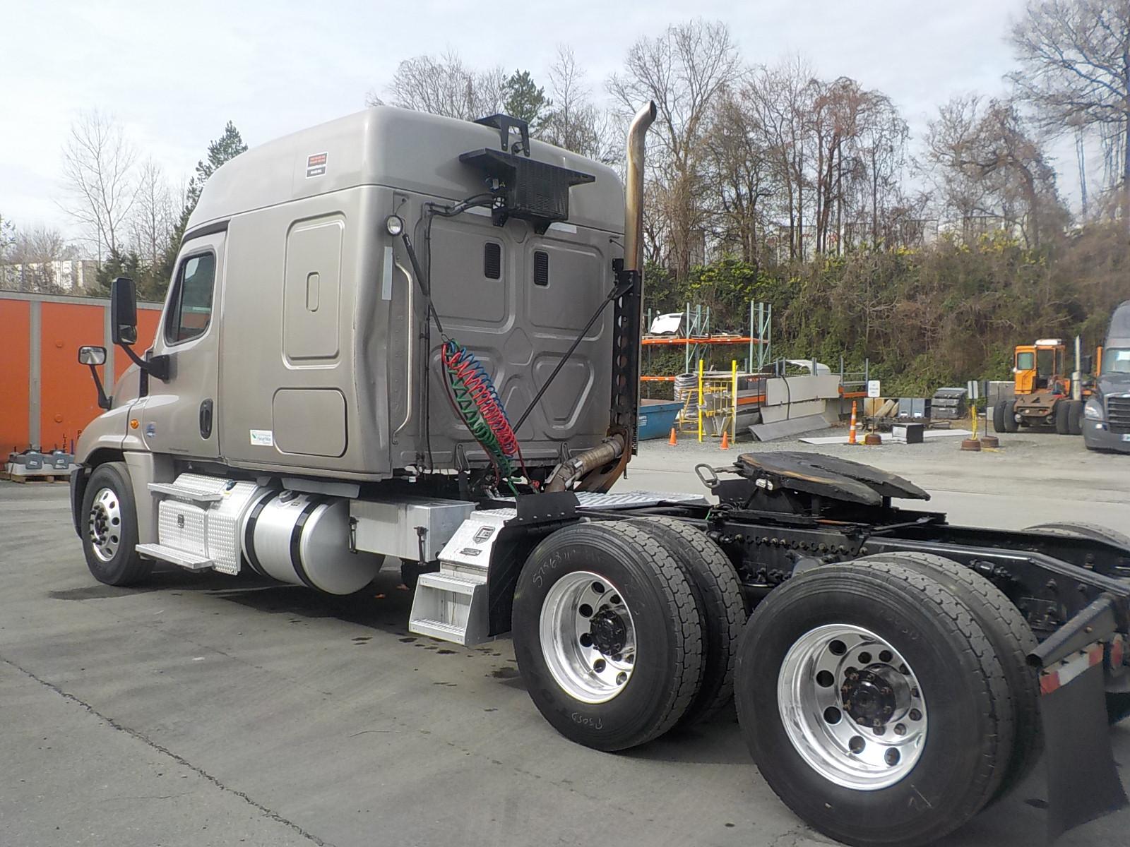 2016 Freightliner Cascadia for sale-59233724