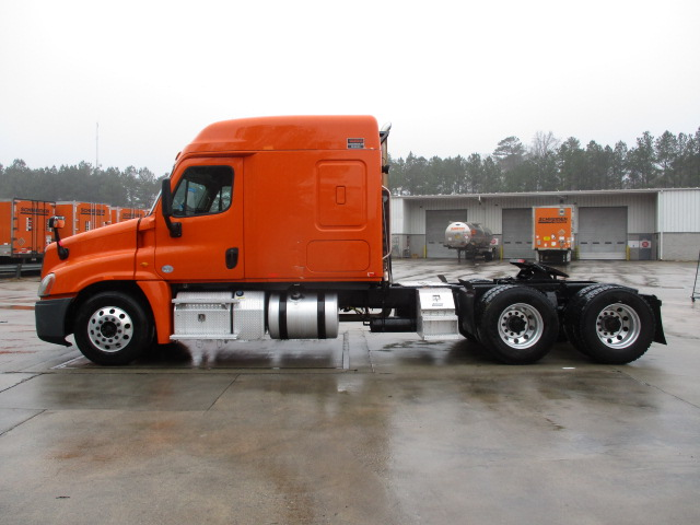 2014 Freightliner Cascadia for sale-59169882