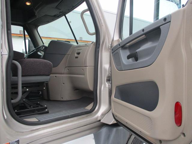 2015 Freightliner Cascadia for sale-59289816