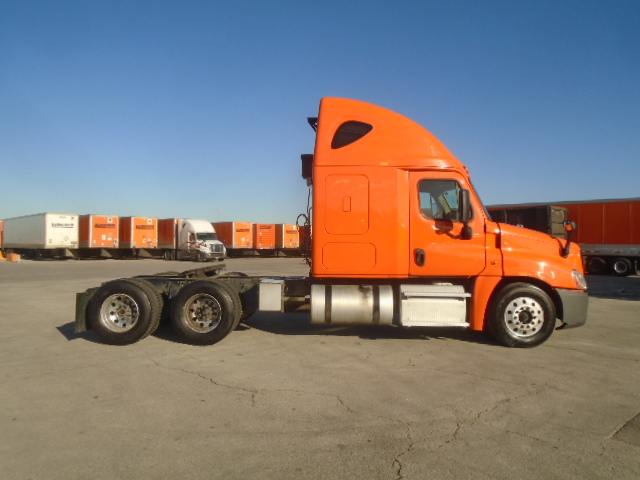 2014 Freightliner Cascadia for sale-59263747