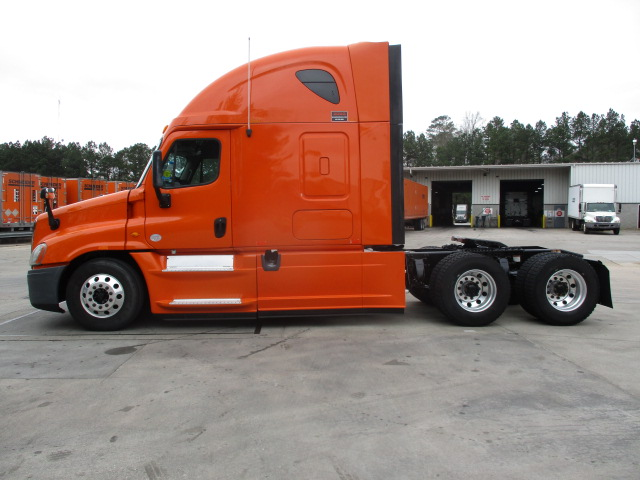 2013 Freightliner Cascadia for sale-59169938