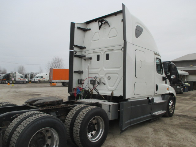 2015 Freightliner Cascadia for sale-59196414