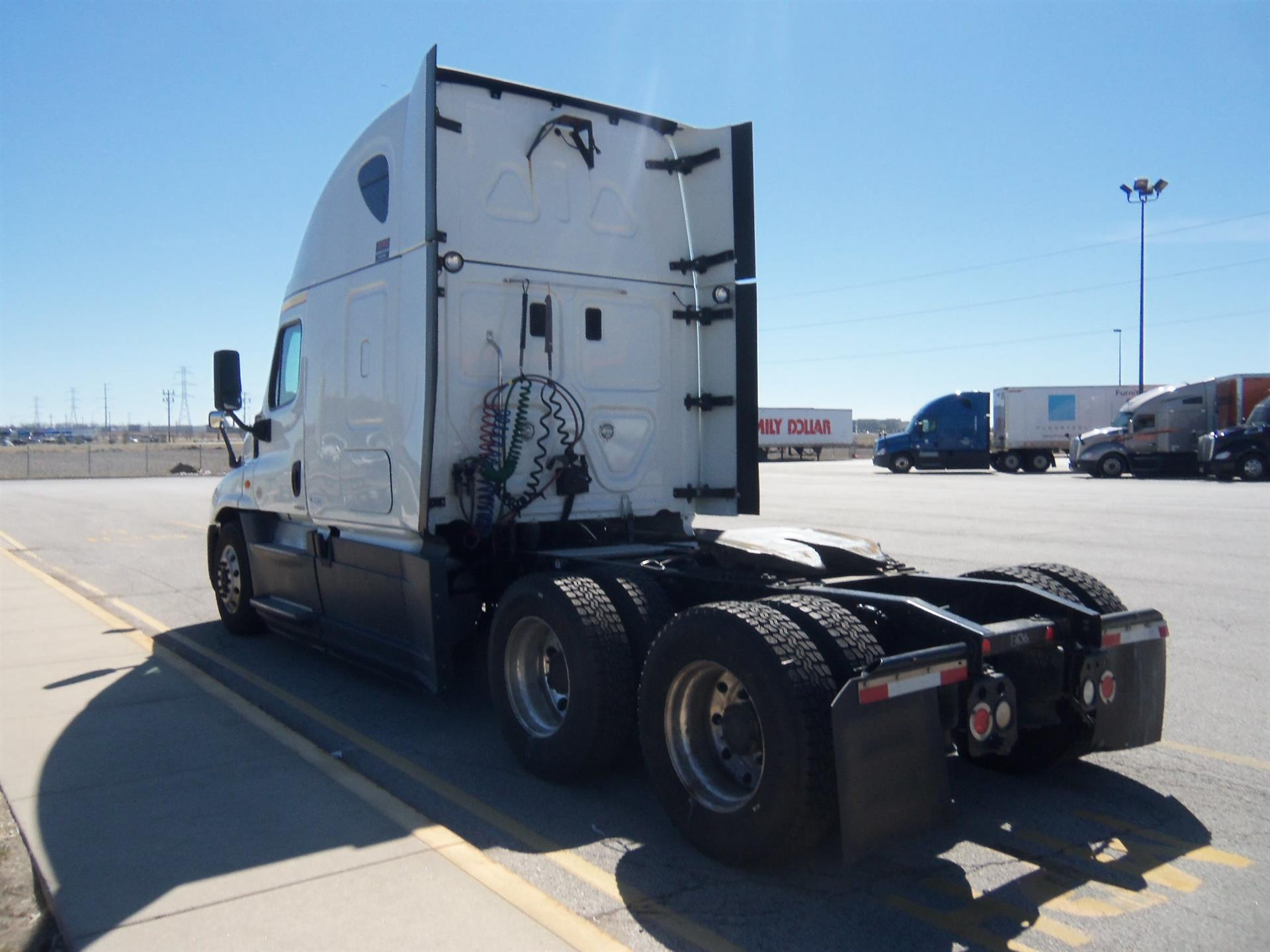 2015 Freightliner Cascadia for sale-59196431