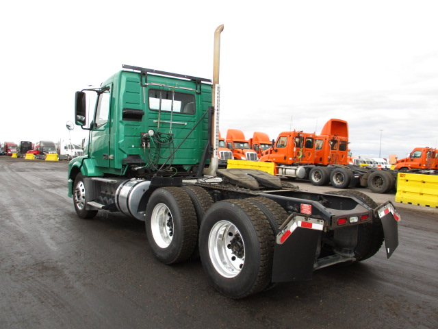 2010 Volvo VNL Day Cab for sale-59233745