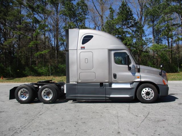 2015 Freightliner Cascadia for sale-59199674