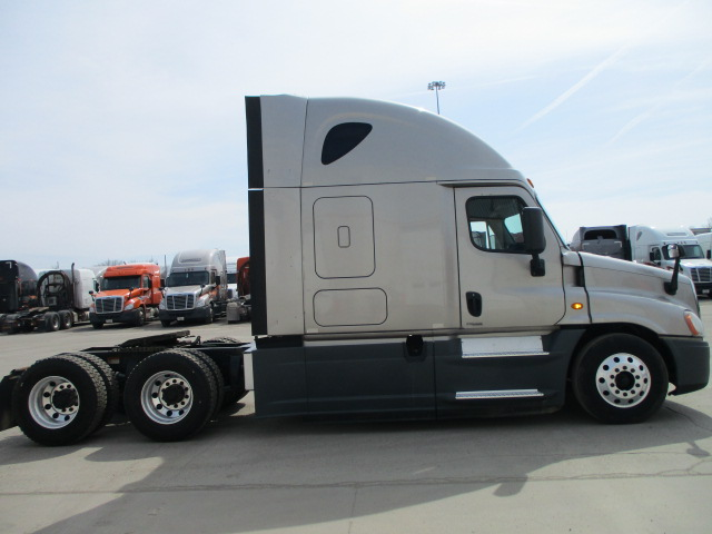 2015 Freightliner Cascadia for sale-59196501