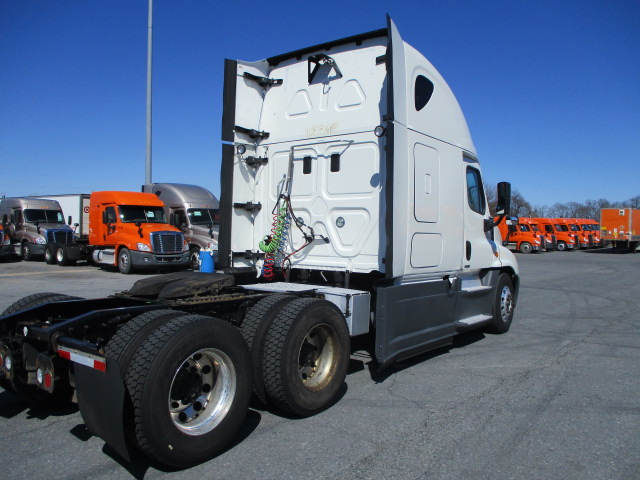 2015 Freightliner Cascadia for sale-59212186