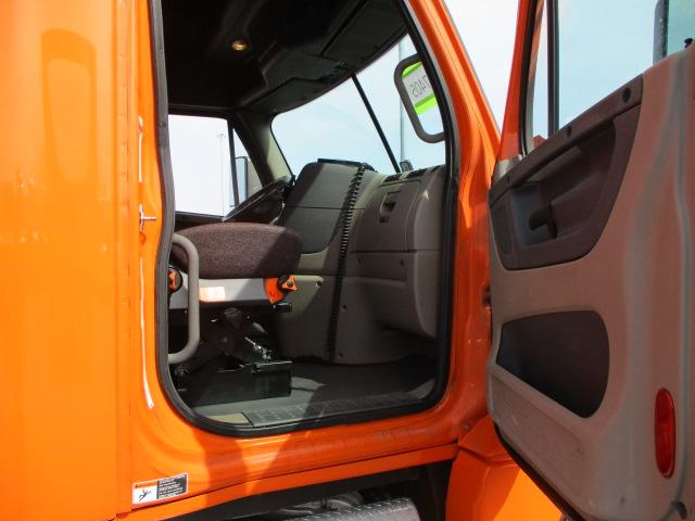 2014 Freightliner Cascadia for sale-59256317